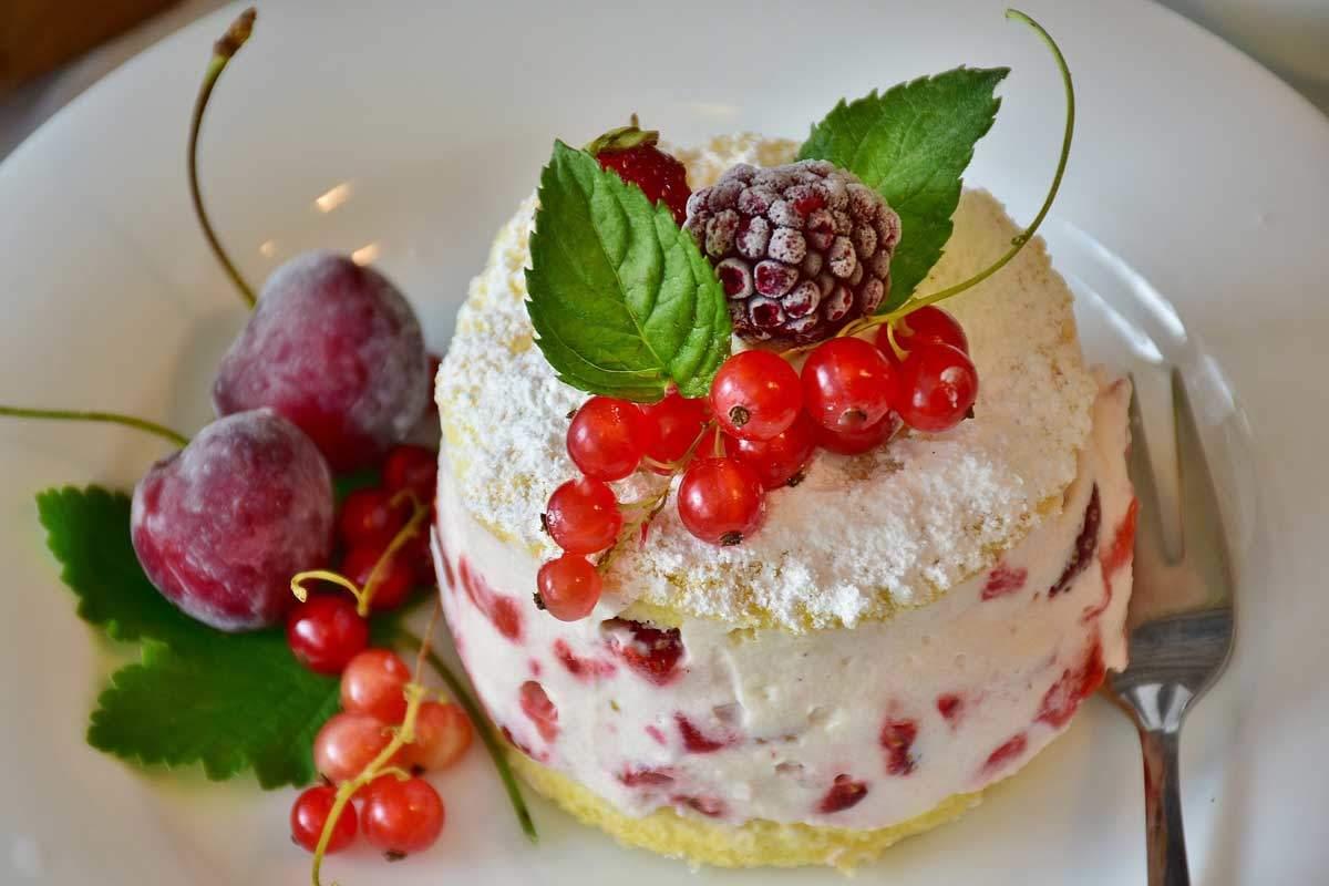 Decorazioni torte compleanno idee e suggerimenti for Idee per torta di compleanno