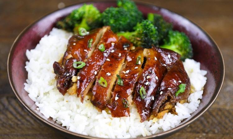 Marinata salsa Teriyaky-pollo-riso