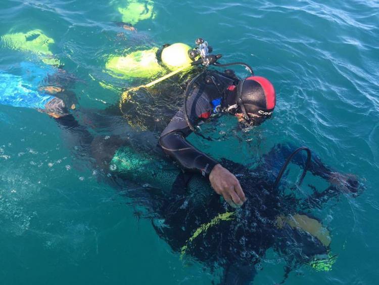 due sub fanno immersioni nella costa dei trabocchi